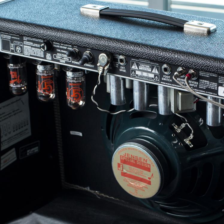 Fender '64 Custom Deluxe Reverb Amplifier   Fender Amps