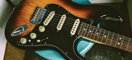 5 tips for electric guitar maintenance how to maintain your guitar. Black Bedroom Furniture Sets. Home Design Ideas